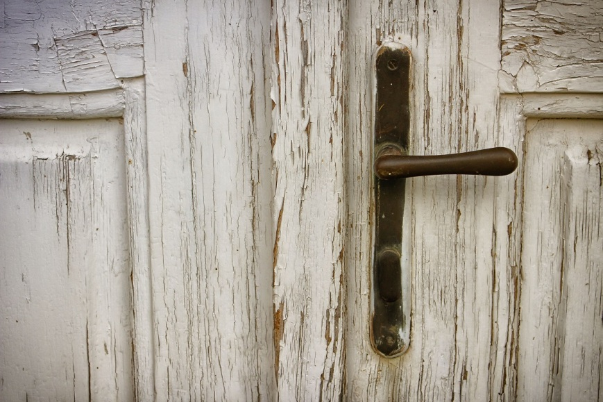 brass-wooden-door