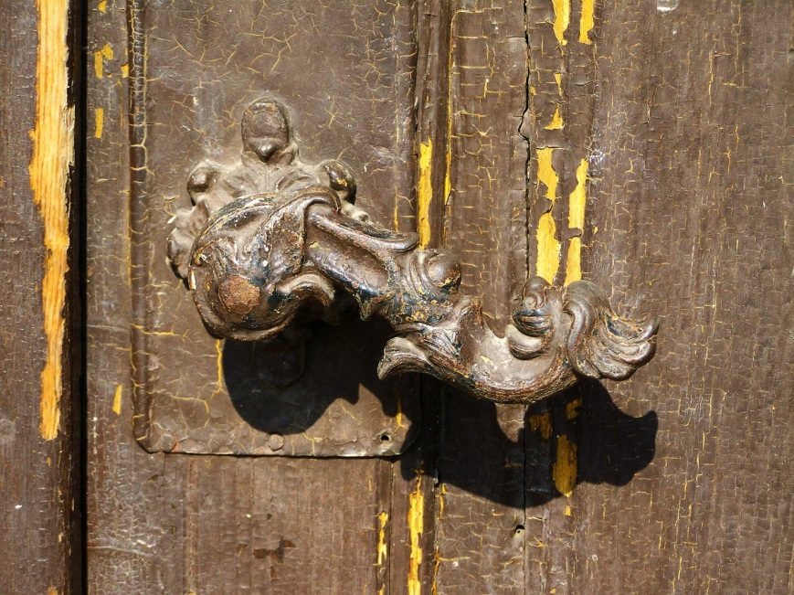 old-doorknob-1645149_1920